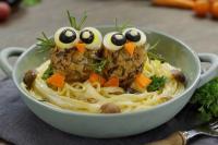 4 cách biến hóa thịt viên dinh dưỡng thành bữa ăn tròn vị cho bé